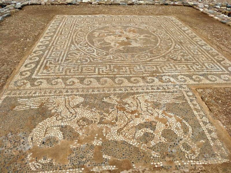 mosaïque site archéologique Olynthe